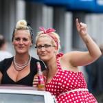 God stämning i bilarna när de passerade Kungsgatan