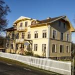 Pensionat Järnavik i vintersol