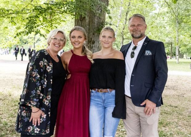 Fr v Martina, Hannah, Lovisa och Mattias