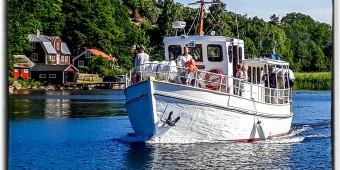 M/S Tjärö på väg ut från Järnavik mot Tjärö
